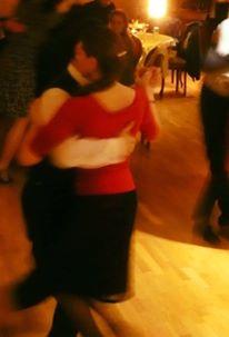 Tango motion dynamics
